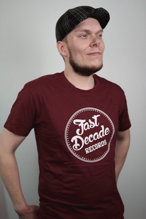 Fast Decade Records t-shirt burgundy